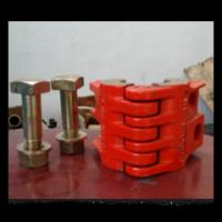 Buy cheap oil wellhead API 8C polished rod clamp with high quality from china supplier product