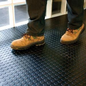 Buy cheap Interlocking Industrial PVC Vinyl Floor Tiles Garage Floor PVC Mats product