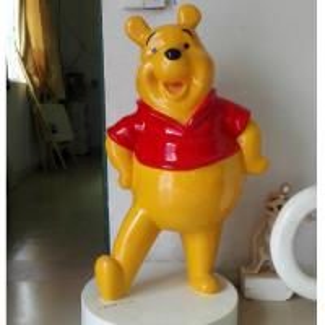 в натуральную величину медведь Винние или другая статуя стеклоткани характера Дисней для модели дисплея выставки