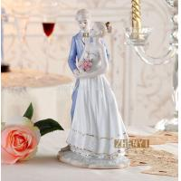 Quality bigger room decorating Gorgerous porcelain Couple Figurine romantic ceramic Wedding Cake Topper for sale