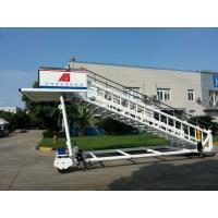 Buy cheap Portable Airplane Steps Ladder Diesel Driven 2300 To 3600 mm Height product