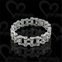 China Exquisite stainless steel bracelet fashion jewelry on sale