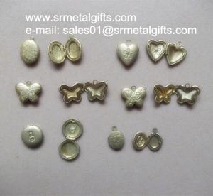 China Miniature copper photo locket charms, mini brass photo locket pendant to necklace, wholesale