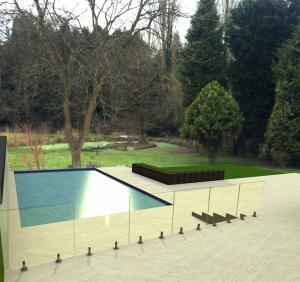 Quality Da piscina Frameless de aço inoxidável antiferrugem de 316 trilhos de vidro for sale