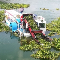 Buy cheap Enteromorpha Trash Skimmer Machines from wholesalers