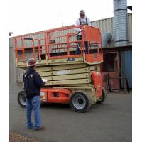 Buy cheap Telescopic Cylindrical aerial work platform 100kg 10000mm with Single Ladder product
