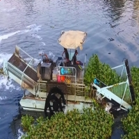 Buy cheap 12m3 Trash Skimmer Machines from wholesalers