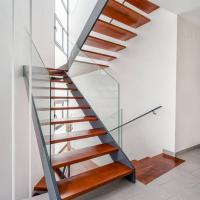 Buy cheap Low Cost Double Stringer Staircase For House With Professional Design product