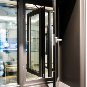 Buy cheap Interior Aluminium Casement Window With Stainless Steel Mesh 1.5*1.0m product