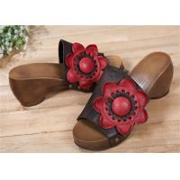 Buy cheap Cowhide Leather Upper Comfortable Clogs And Mules With Big Sun Flower Decorations product