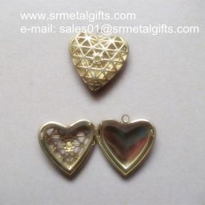China Copper mesh flower photo locket Pendant, DIY brass hollow heart locket necklace wholesale