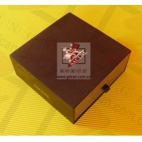 Buy cheap Personalized Kraft Paper Gift Box Lightweight Black With Ribbon product
