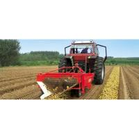 Quality farm potato digger  Single Row Potato Harvester onion harevster with low price for sale