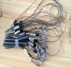 Buy cheap Bonne lanière forte de bobine de flexi de fil d'acier inoxydable de carabiner résistant pour le câble d'outil product