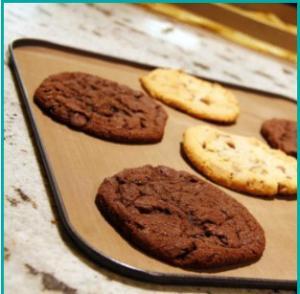 Buy cheap 1250mm Non Stick Kitchenware Teflon Baking Sheets product