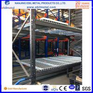 Buy cheap 2-10 estante del ángulo de poca potencia de acero del estante/de Islotted de la echada de la capa 50m m para el almacenamiento del almacén product