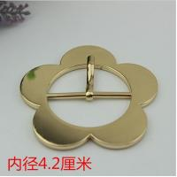 Buy cheap Novelty design bag cover head decoration zinc 42 mm shiny gold flower belt pin buckle for clothing decoration fittings product