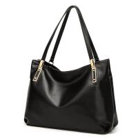 Buy cheap Soft Leather Shoulder Handbags , Leather Black Handbags With Long Shoulder Straps product