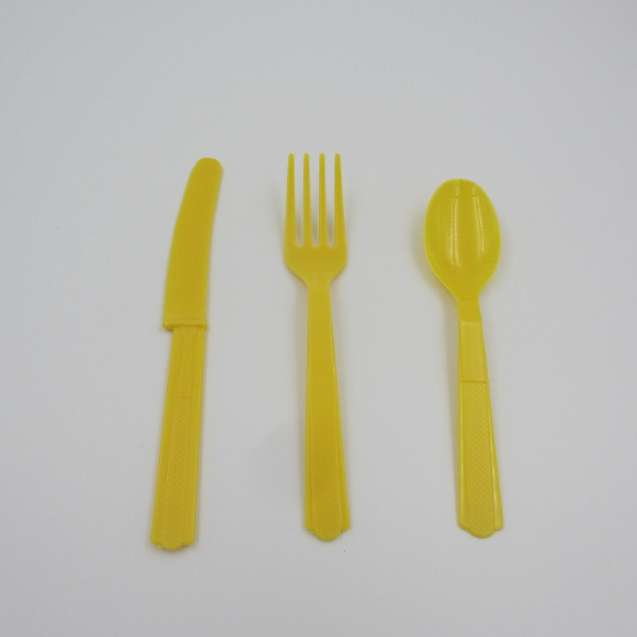 Plastic Cutlery KT-A-0_Sunflower Yellow