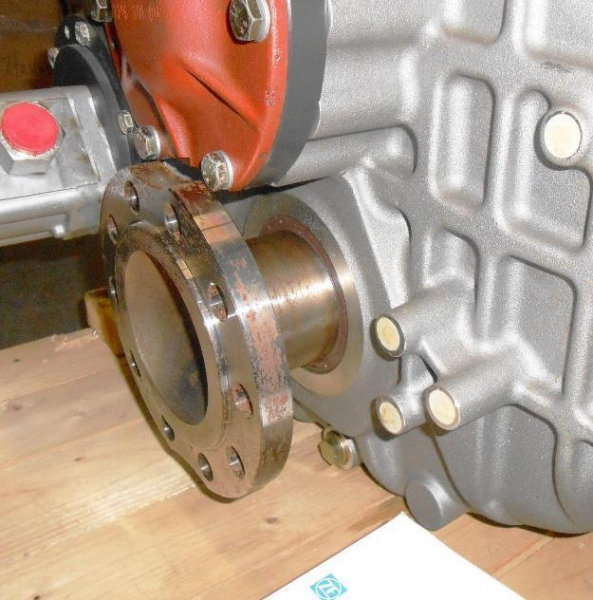 Quality Boats - Ships ZF 500 1.500 Marine Boat Transmission Gearbox 3216002005 VL 3011S SAE 14 SAE 1 for sale