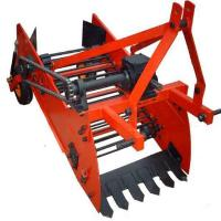 China One Row Potato Harvester on sale